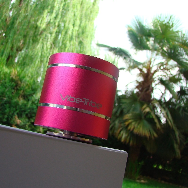 01 - Troll 2.0 vibe-tribe bluetooth vibration resonance speaker magenta 08
